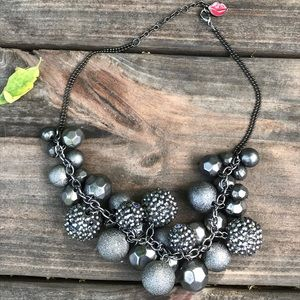 Jewelry - Sparkly Cluster Necklace